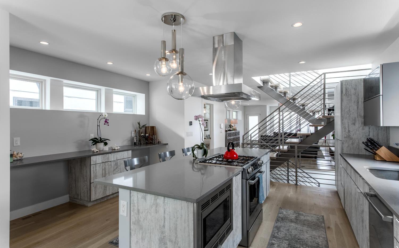 2218 W 33rd Avenue-large-015-012-Kitchen