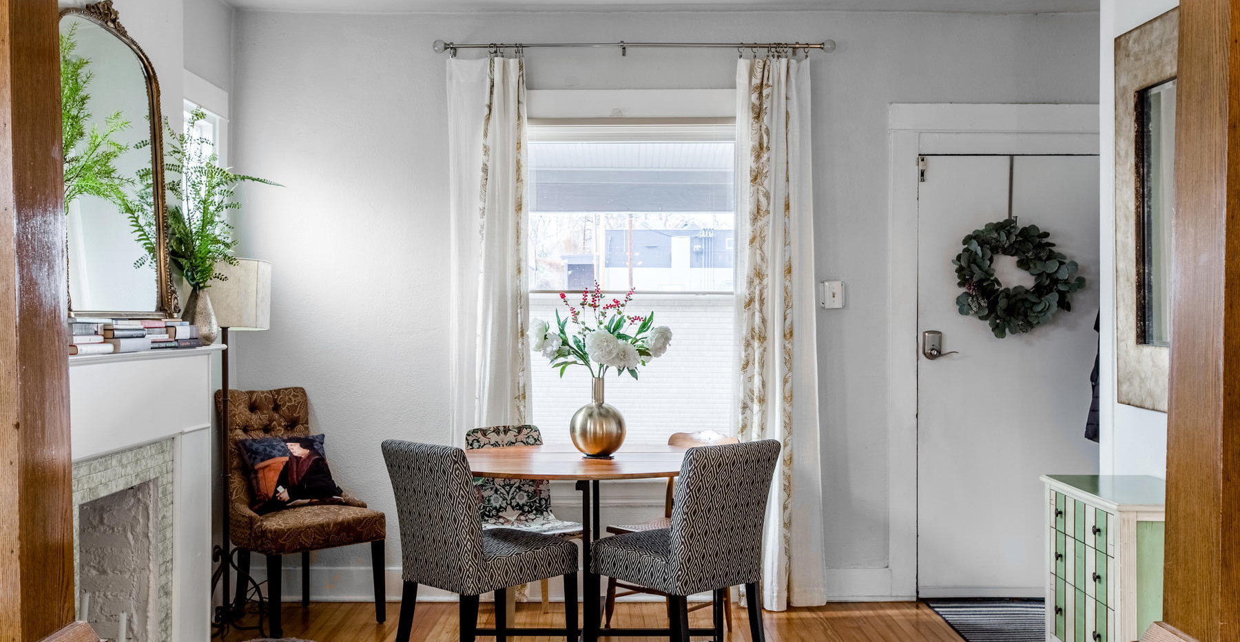 3730 Bryant Street-004-006-Living Room-M