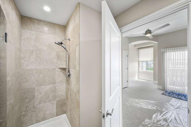 475 W 12th Ave-small-045-030-Bathroom-66