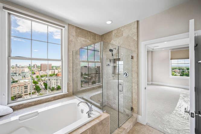 475 W 12th Ave-small-037-045-Bathroom-66