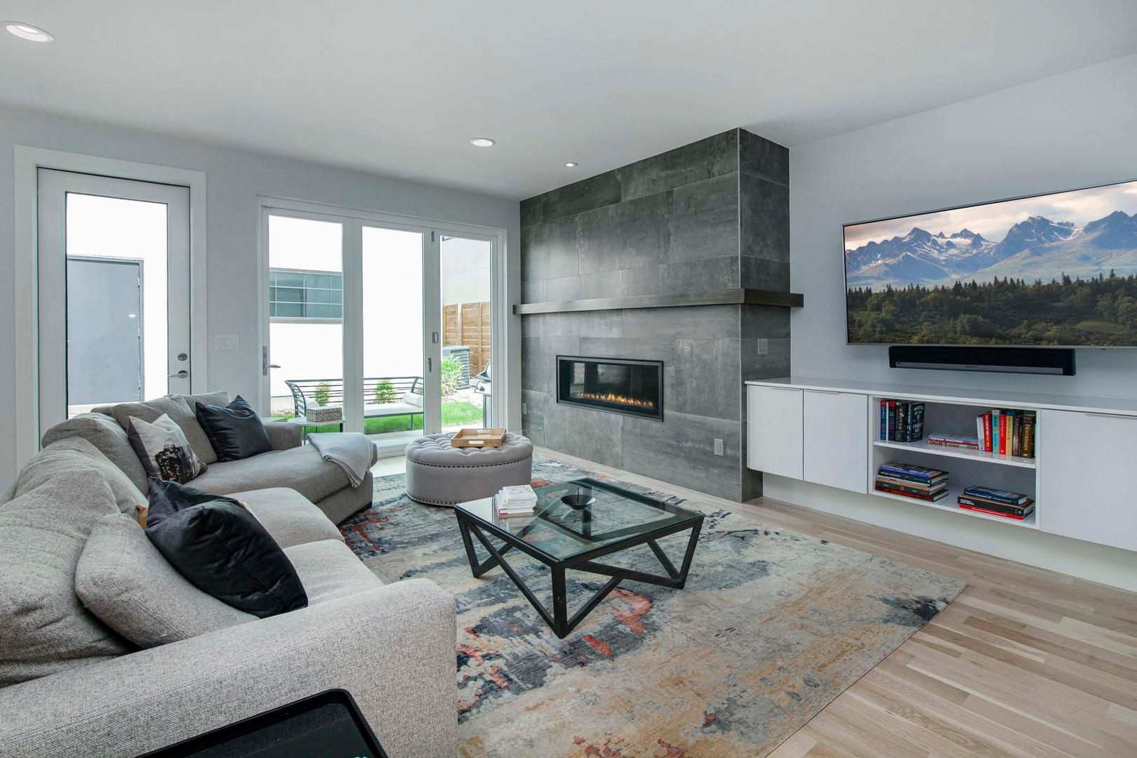 260 S Madison Street-013-011-Living Room