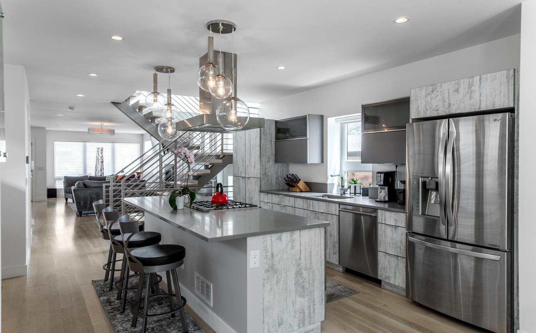 2218 W 33rd Avenue-large-014-016-Kitchen