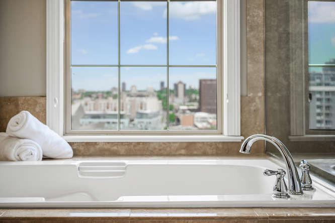 475 W 12th Ave-small-038-038-Bathroom-66