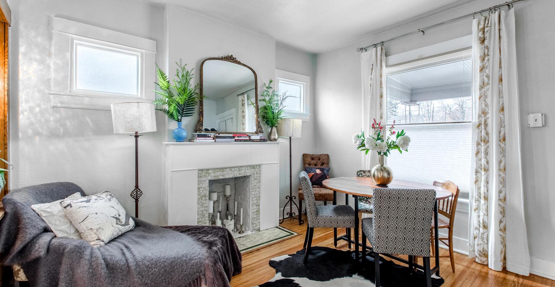 3730 Bryant Street-013-003-Living Room-M
