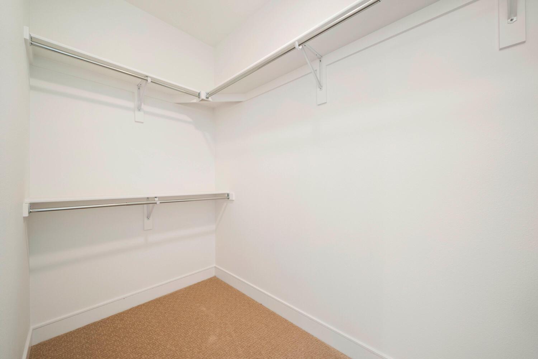709 S Logan Street-large-030-023-Bedroom