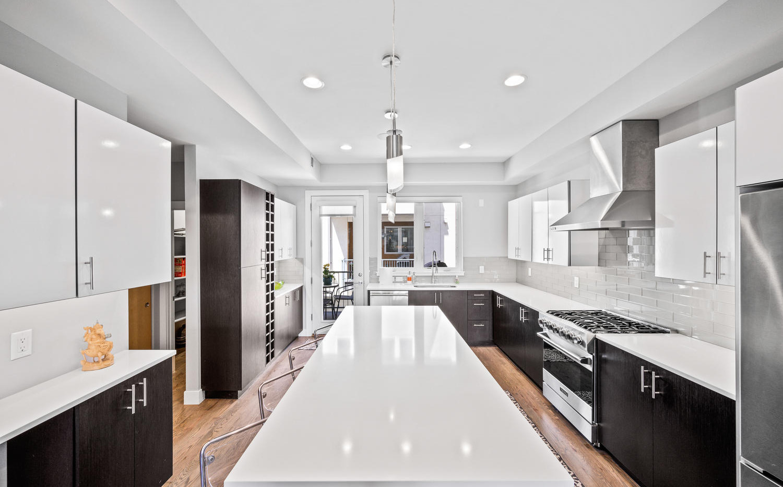 2009 W 35th Avenue-large-004-005-Kitchen