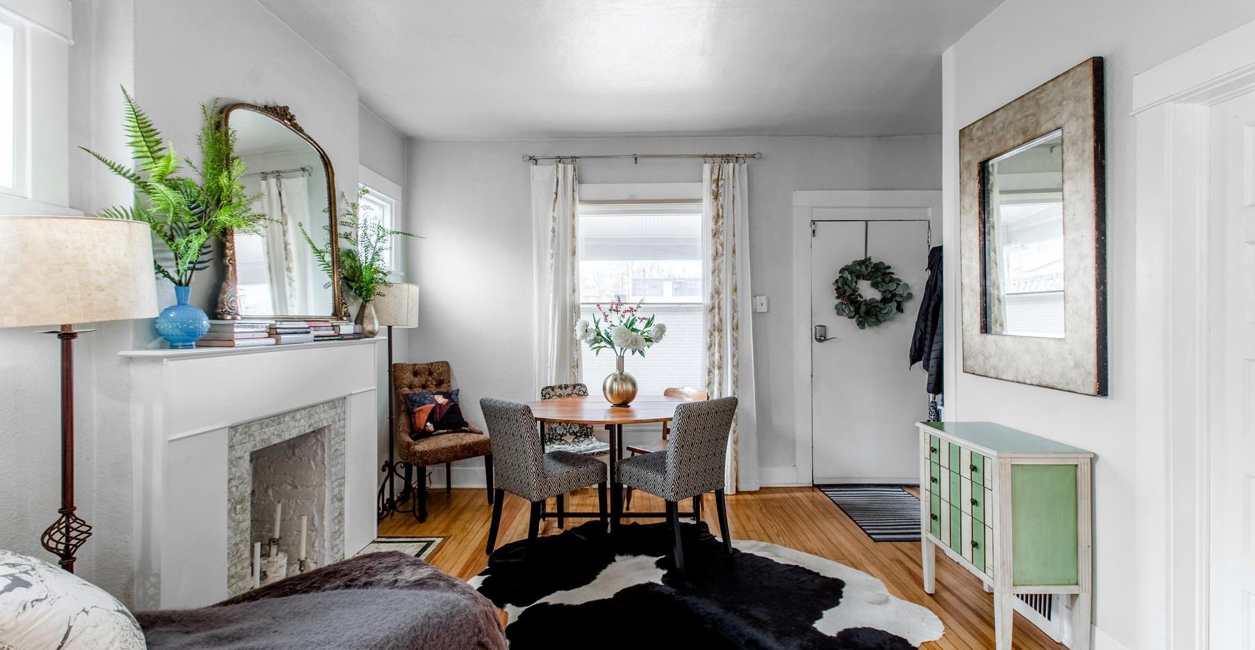 3730 Bryant Street-014-004-Living Room-M