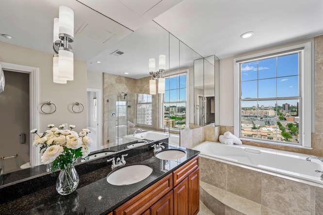 475 W 12th Ave-small-034-043-Bathroom-66