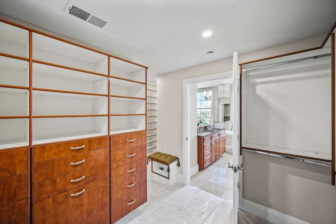 475 W 12th Ave-small-039-034-Bedroom-666