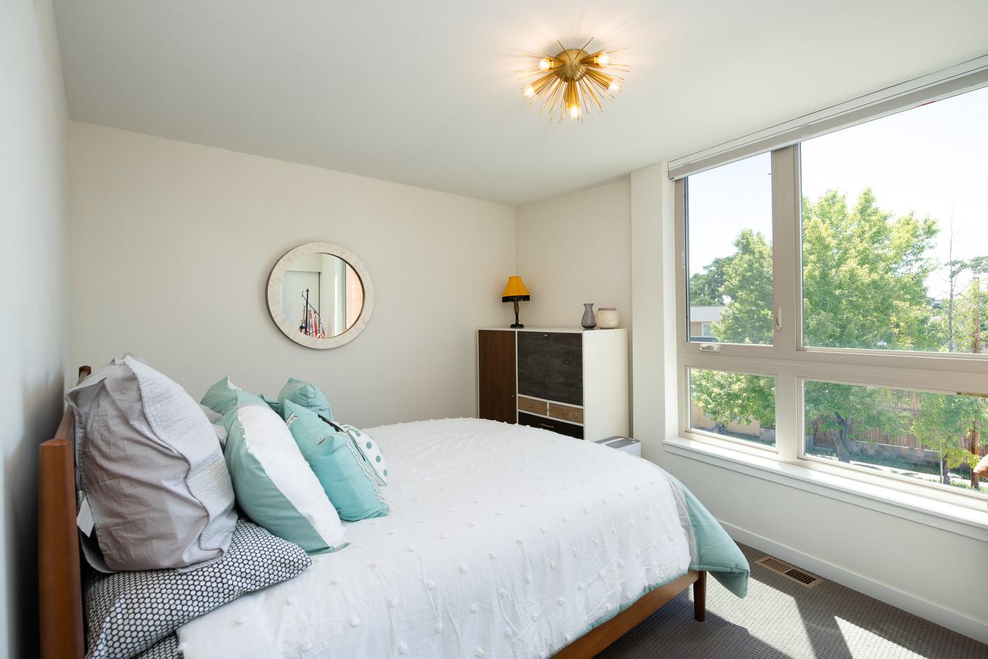 2615 W 25th Avenue-print-028-059-Bedroom