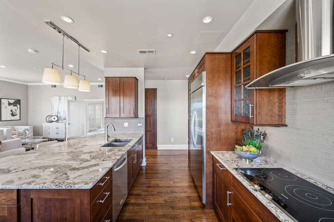 475 W 12th Ave-small-009-007-Kitchen-666