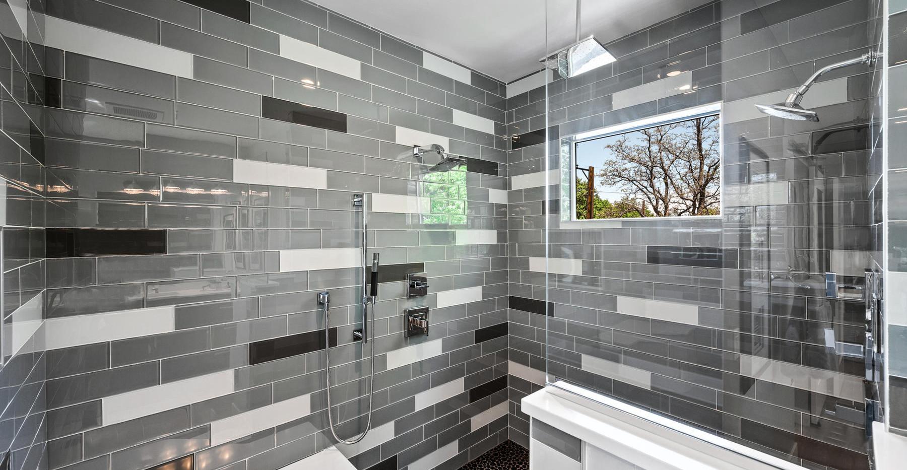 2540 Xavier Street-027-024-Bathroom-MLS_