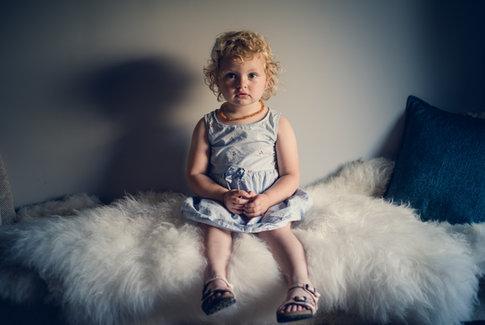 Enfant (sage) en photo