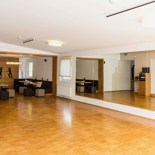 Tanzwelt Lounge Saal 2.jpeg