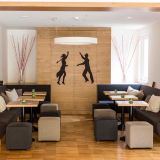 Tanzwelt Lounge.jpeg