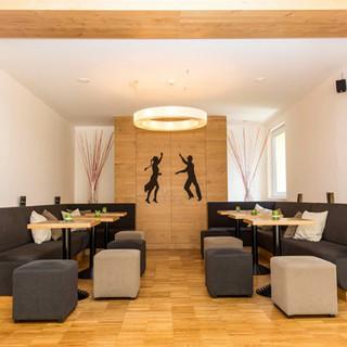 Tanzwelt Lounge 2.jpeg