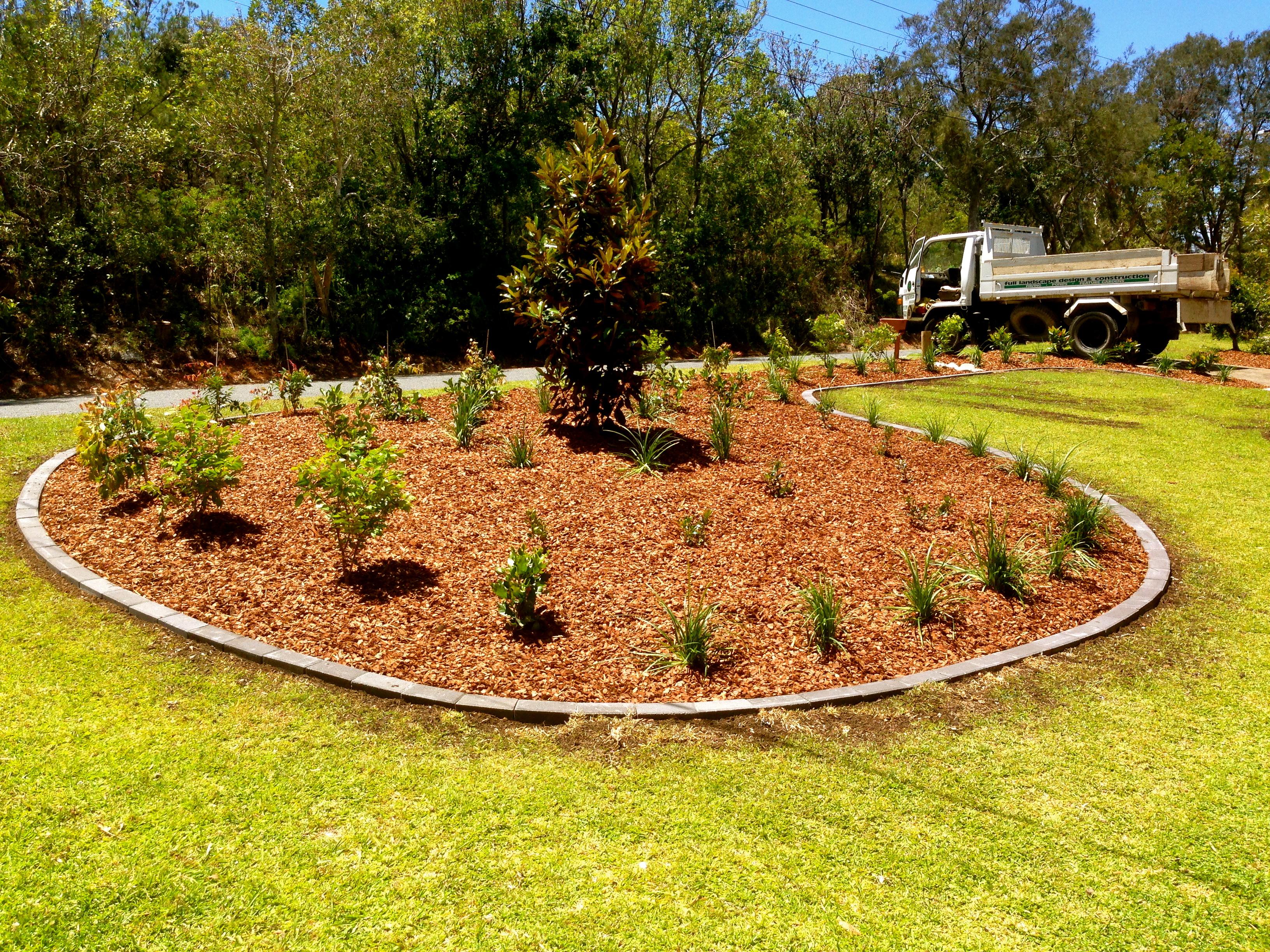 Sawtell Front Yard Garden
