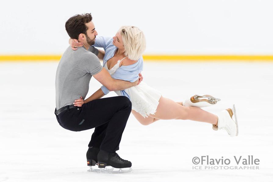 Olivia SMART / Adrian DIAZ