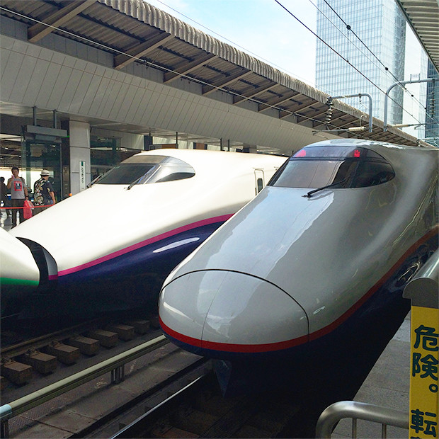 新幹線「あさま」に乗って軽井沢へ