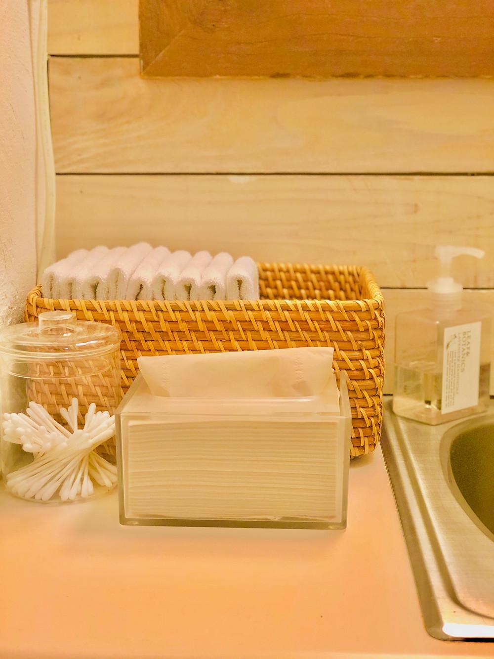 清潔なタオルやティッシュ|副腎疲労HP