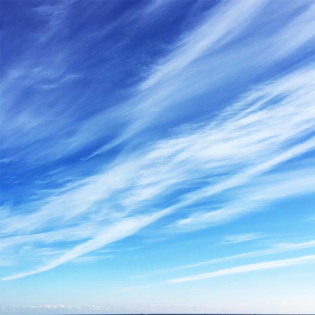 雲が綺麗な空|副腎疲労HP