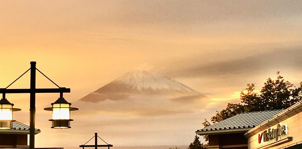 夕焼けの富士山|副腎疲労HP