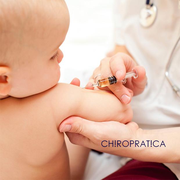 予防接種を受ける赤ちゃん|副腎疲労HP