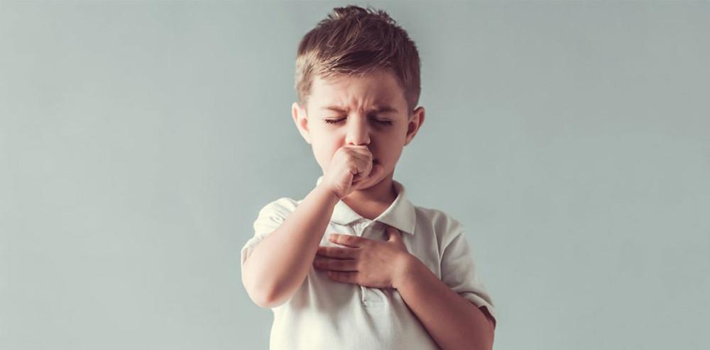 咳をしている少年|副腎疲労HP