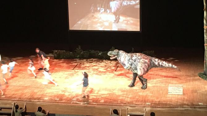 見て・触れて・学べる体験型ショー「恐竜どうぶつ園」へ行ってきました