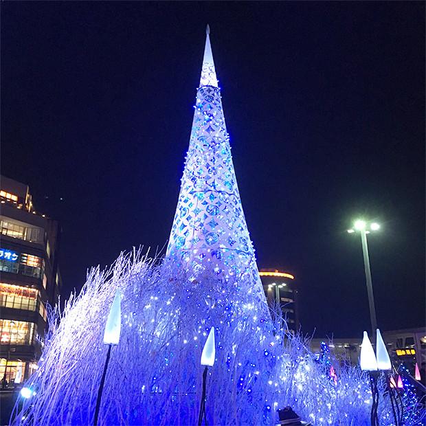 テラスモールのクリスマスツリー|副腎疲労HP