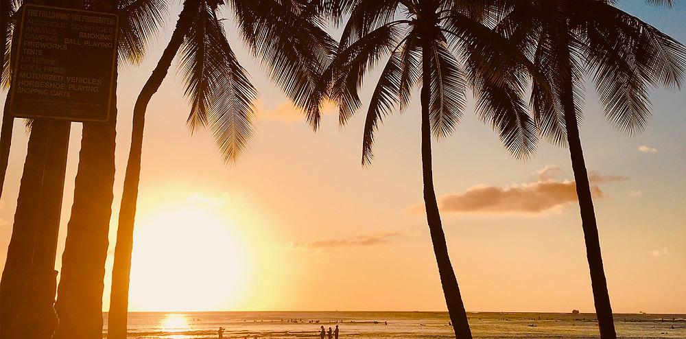 ワイキキビーチのサンセット|副腎疲労HP