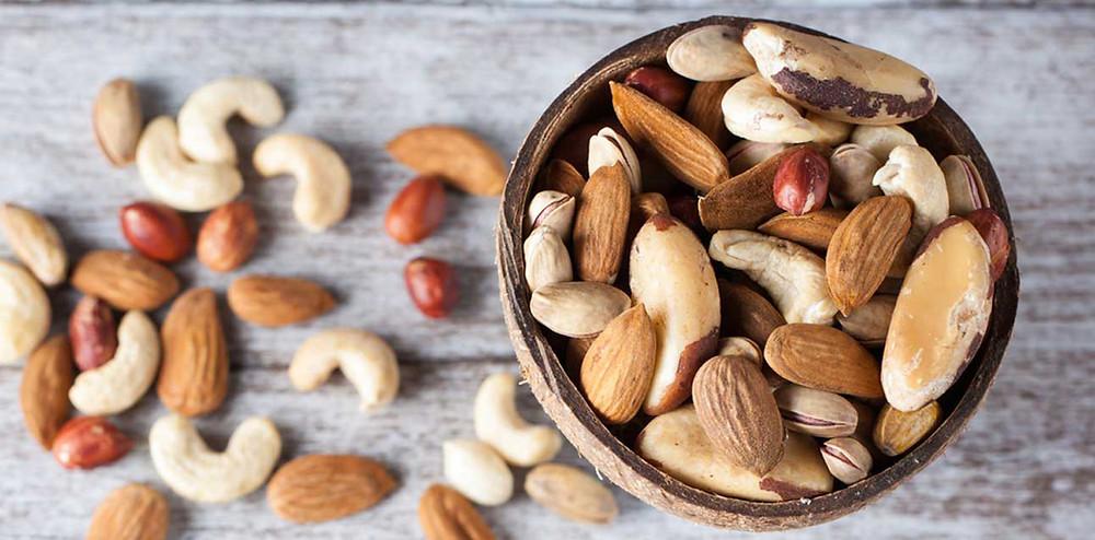 カシューナッツやアーモンドなどのナッツ類|副腎疲労HP