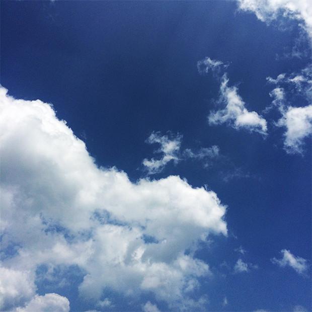 青空と雲|副腎疲労HP