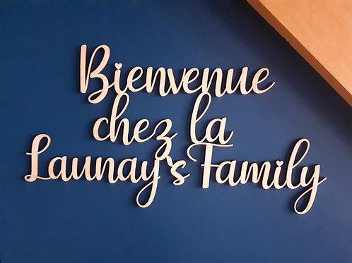 Décoration murale family personnalisée en bois