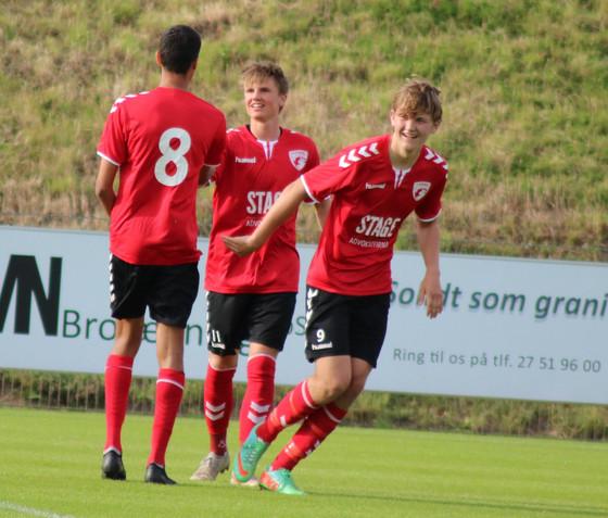 U19 i ny semifinale efter straffesparksnederlag på Monjasa Park.