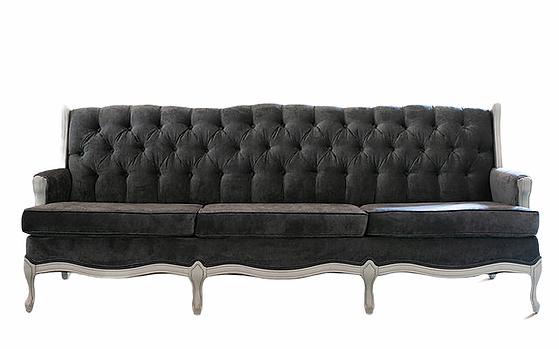 Chelsea Sofa.png