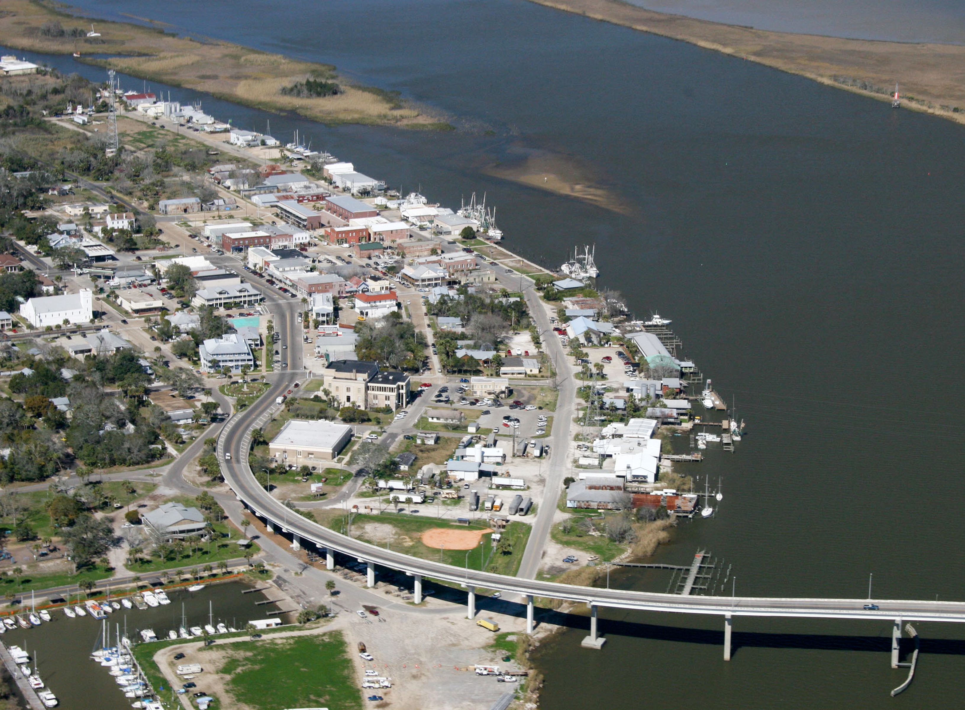 FeaturePics-Apalachicola-Aerial-View-095746-1077943