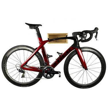 WC-Offset-head-on-bike-full.jpg