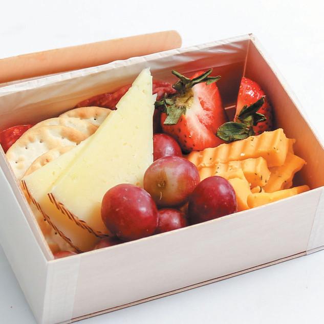 CHEESE & CHARCUTERIE BOX