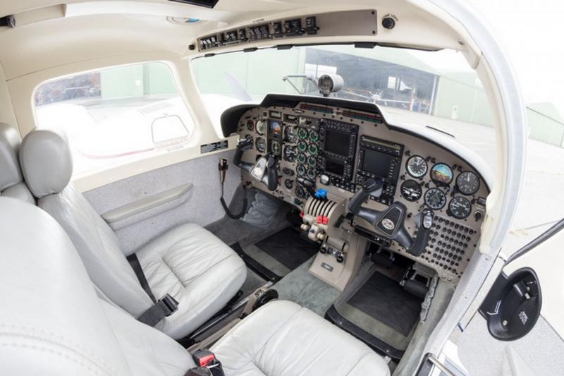 """Арендовать Piper PA-34 """"Seneca"""""""