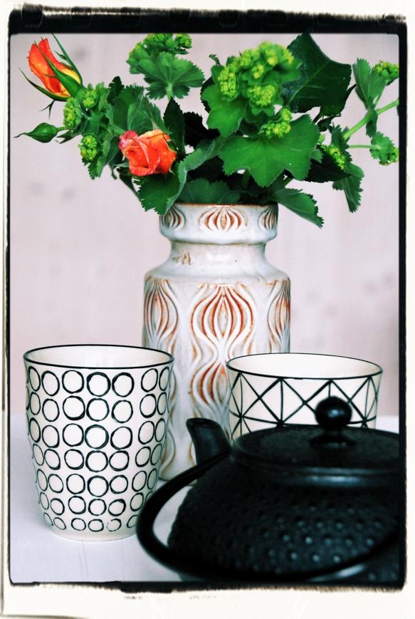Esemble Kanne Vase Tasse