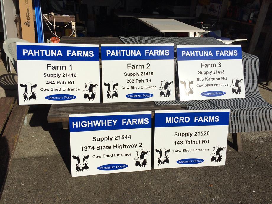 Farm signs.JPG