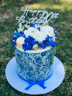 blue wrap cake