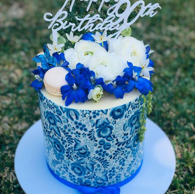 blue wrap cake.jpg