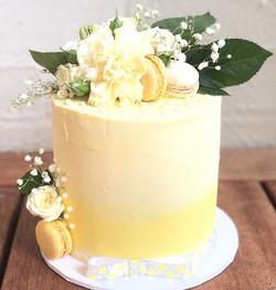Lovely in lemon! Beautiful baby shower c