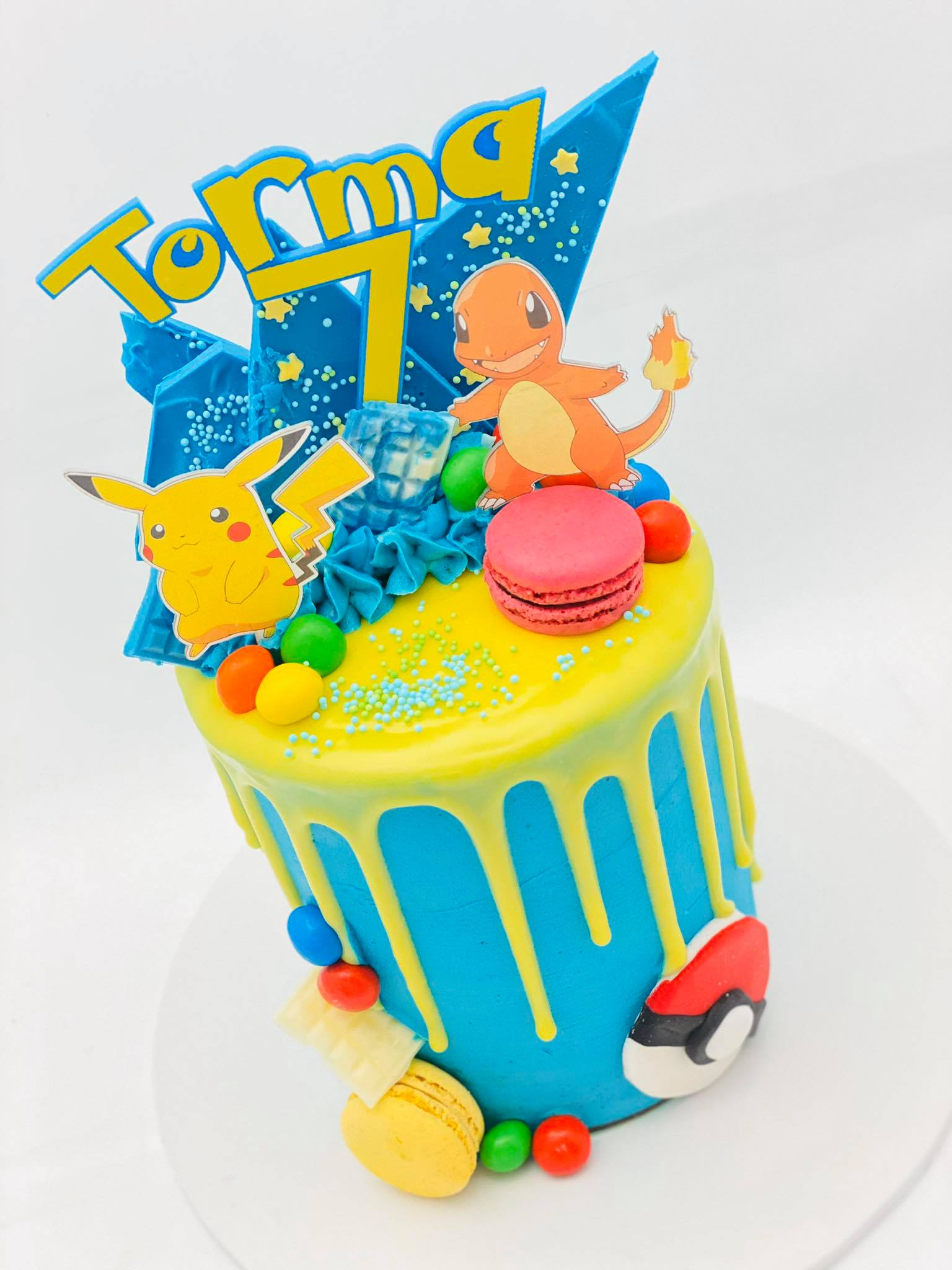 Pokemon cake1
