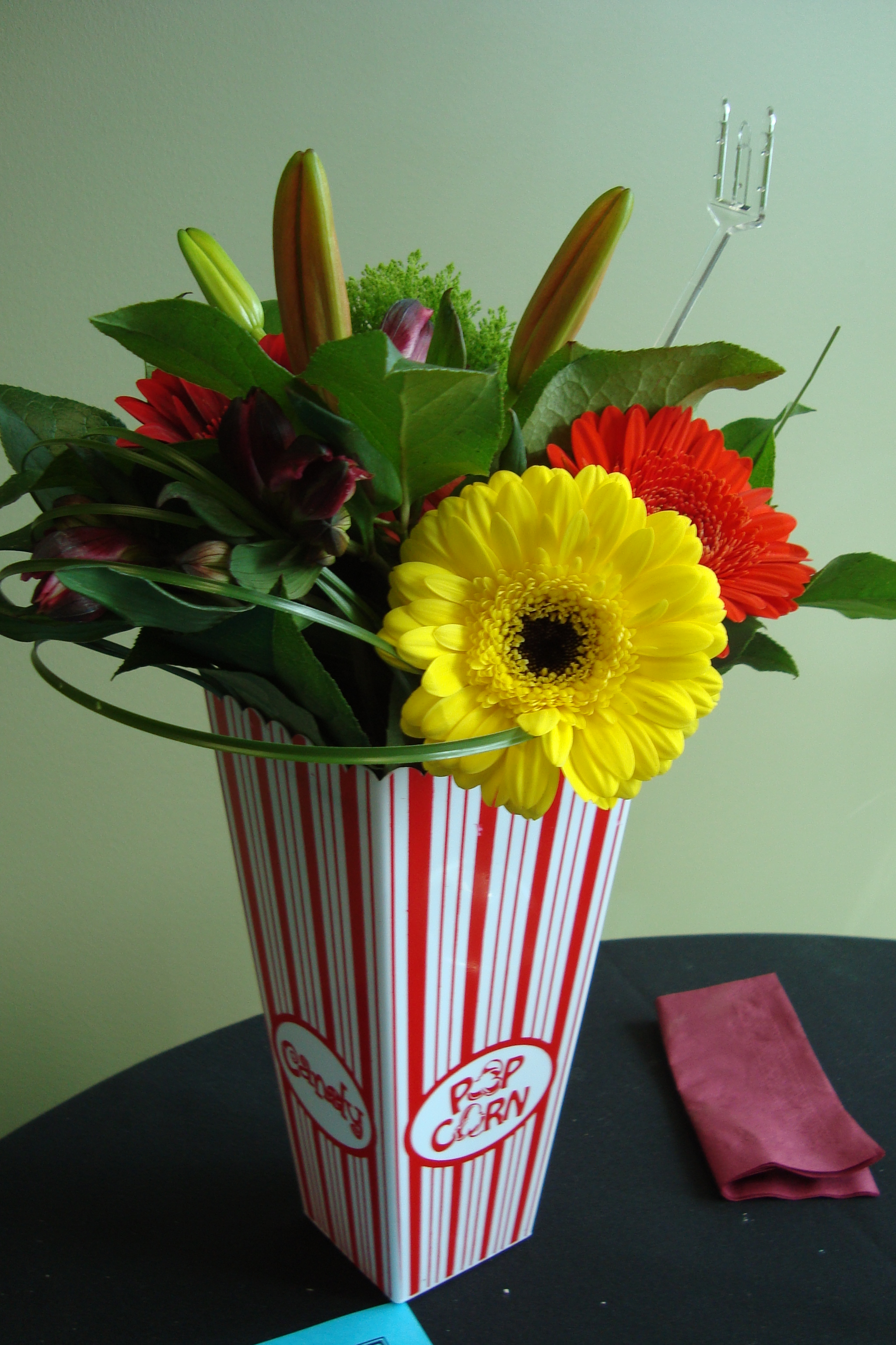 Flower Popcorn Box Centerpieces