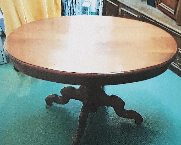 Antiker Tisch Nussbaum oval