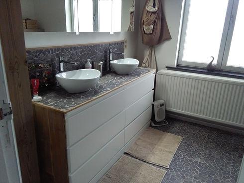 Malm badkamer  na (2).jpg