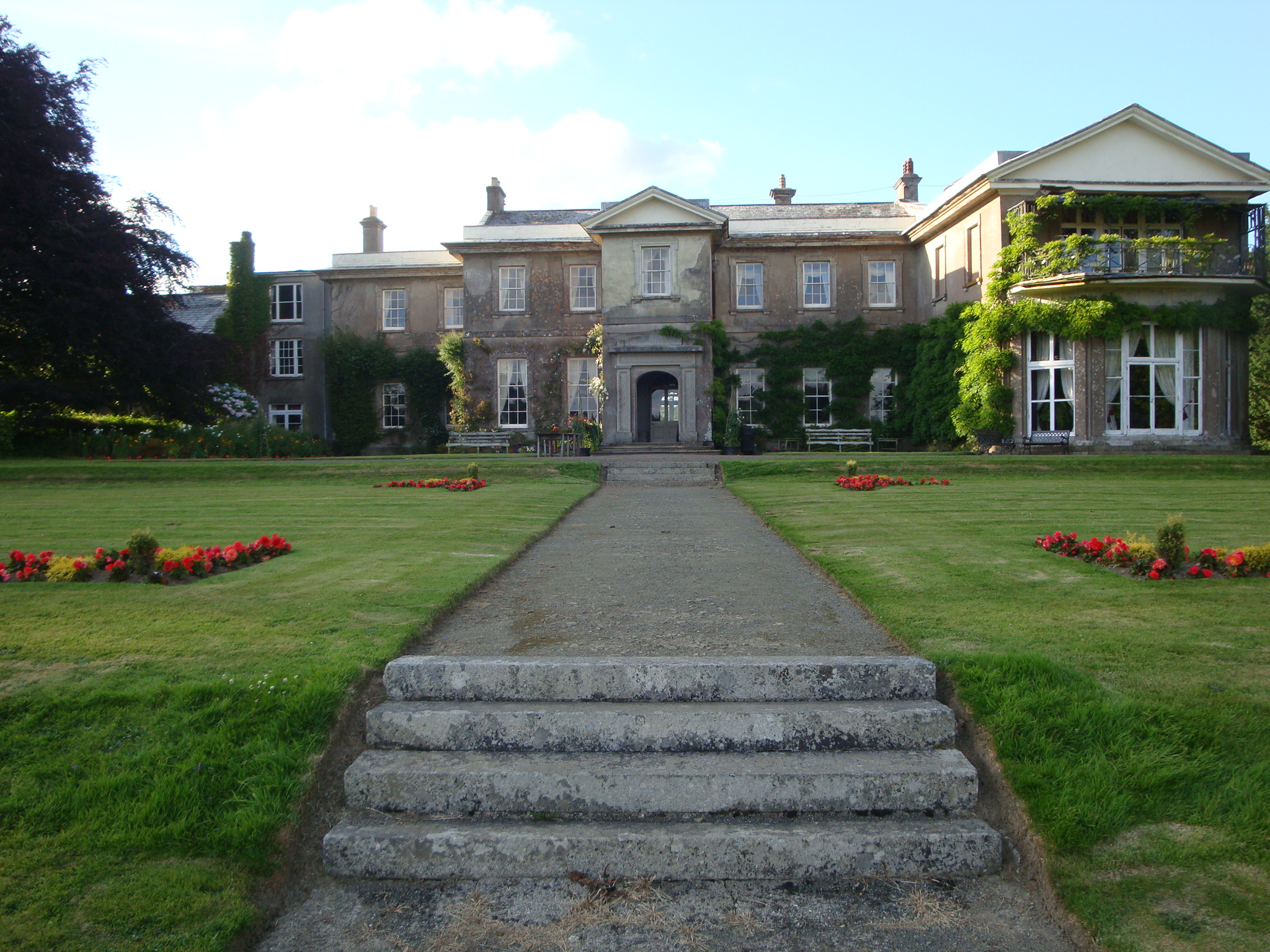 Buckland House Self Catering Group Accomodation And